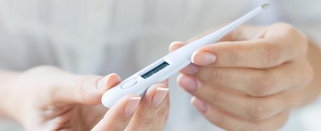 تنظیم دمای بدن از مزایای برهنه خوابیدن زوجین - قلقلی خان
