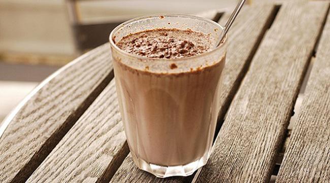 خوردن شیر شکلات بعد رابطه زناشویی - قلقلی خان