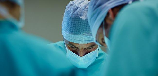 درمان نعوظ دائم با عمل جراحی - قلقلی خان