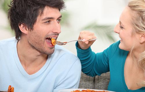 قبل رابطه زناشویی ( قبل از س.ک.س) چه چیزهایی بخوریم؟ - قلقلی خان