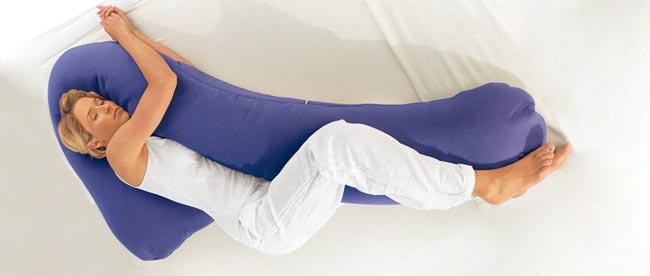 مدل خوابیدن روی بالشت های محافظ - قلقلی خان