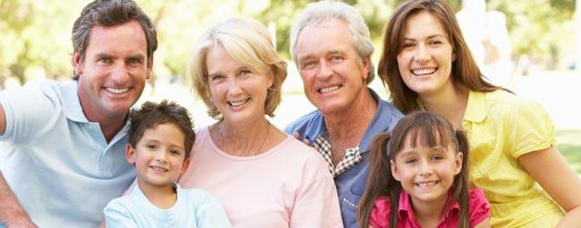 وقت گذاشتن با خانواده همسر از راه های جذب همسر - قلقلی خان